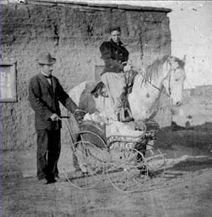 Andrew & Effa Vander Wagen in Zuni, 1897